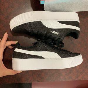a5bb95fda0b8c9 Puma Shoes - Puma Vikky Platform Glitz Jr fit women size 7.5-8